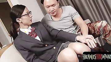 Cute chinese college girl t-girl sucking dick