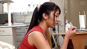JAV DOCP225 Himari Hanazawa Imposing a moving greeting to a beautiful wife who lives next door