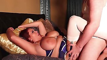 BBW Annabelle Rogers c huge boobs riding a cock
