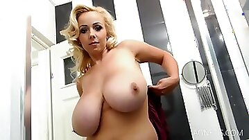 Busty Blonde Bikini Show - Bbw