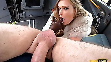 Premium MILF gets pussy enlarged in back seat XXX action