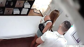 Amazing yammy girl hot massage porn video