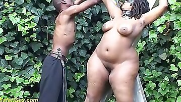Plumper bbw african milf gets creamed and enjoys her first rough bdsm fetish lesson