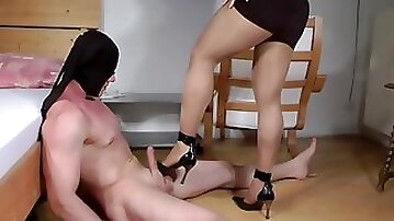 Sexy femdom shoejob cumshot