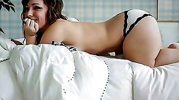 Midget big tits