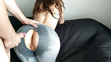 StepSister hungry for manstick before Gym - ripped and Oiled Yoga Pants
