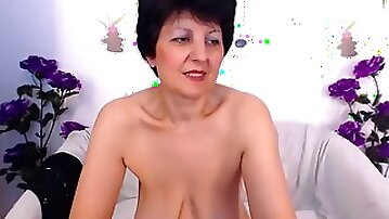 Perfect_madamme non-professional record on 07/10/15 01:00 from chaturbate