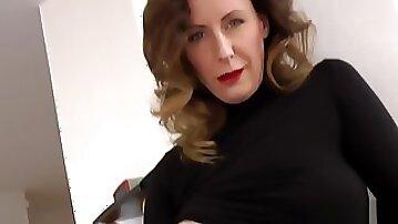 Nice Mom in Black-Dress