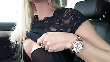 Katy Pearl gets a messy pussy after fucking a stranger in his car