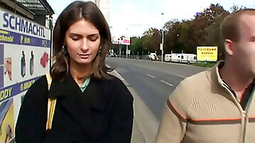 Two pickupers in Russia talk one real chick into quick sex