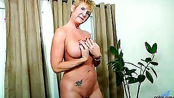 Busty blonde mature whore Honey Ray finds it awesome to masturbate