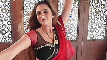 Sarla Bhabhi (2020) - Indian mom with big natural tits dancing & fucking