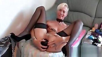 Bizarre Milf Amateur Housewife Extreme Huge Dildo Insertions