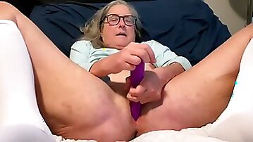 Horny Mature Milf Sucks Cock And Dildos To Squirting Orgasm