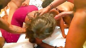 Abike cries so loud fucking four huge dicks including the camera guy and took cum in her mouth[Gangbang sex relay]