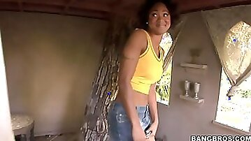 Shy ebony Evanni s not so shy when she having sex