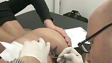 This babe tattooed her anus