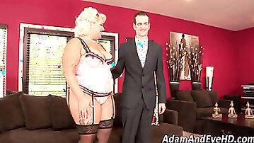 Big assed lingerie ho jizz