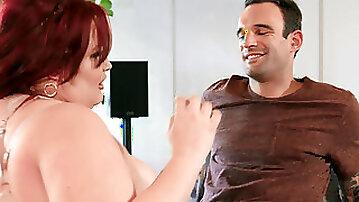 Fat bitch Eliza Allure cheats on her bf