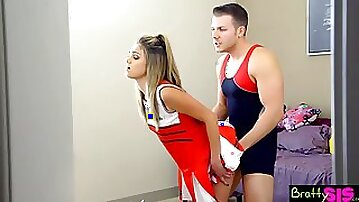 Whorish sporty cheerleader Ember Stone is made for sensual missionary